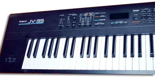 ROLAND JV-35 EXPANDABLE SYNTHESIZER